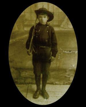 Fian Seán Healy, Irish Volunteers youth